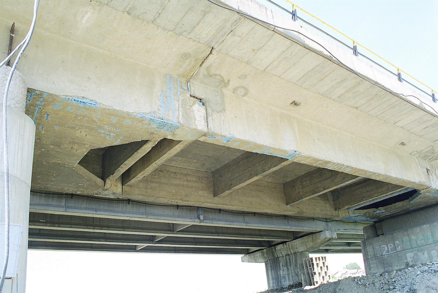 Reparatii pod Roman peste raul Moldova MAPEI - Poza 11