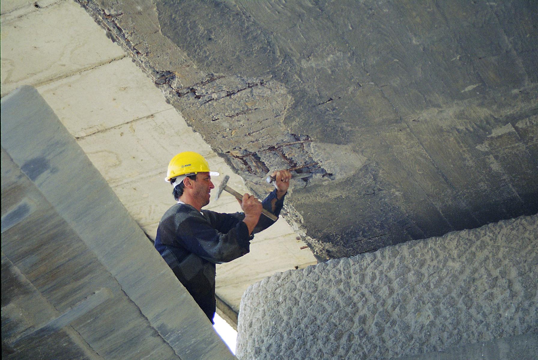 Reparatii pod Roman peste raul Moldova MAPEI - Poza 6