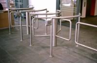 Turnicheti half height, bariere tripod, bariere cu senzori, usi batante KABA