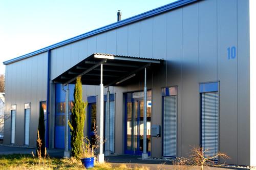 Hale pe structura de metal LINDAB BUILDINGS - Poza 1