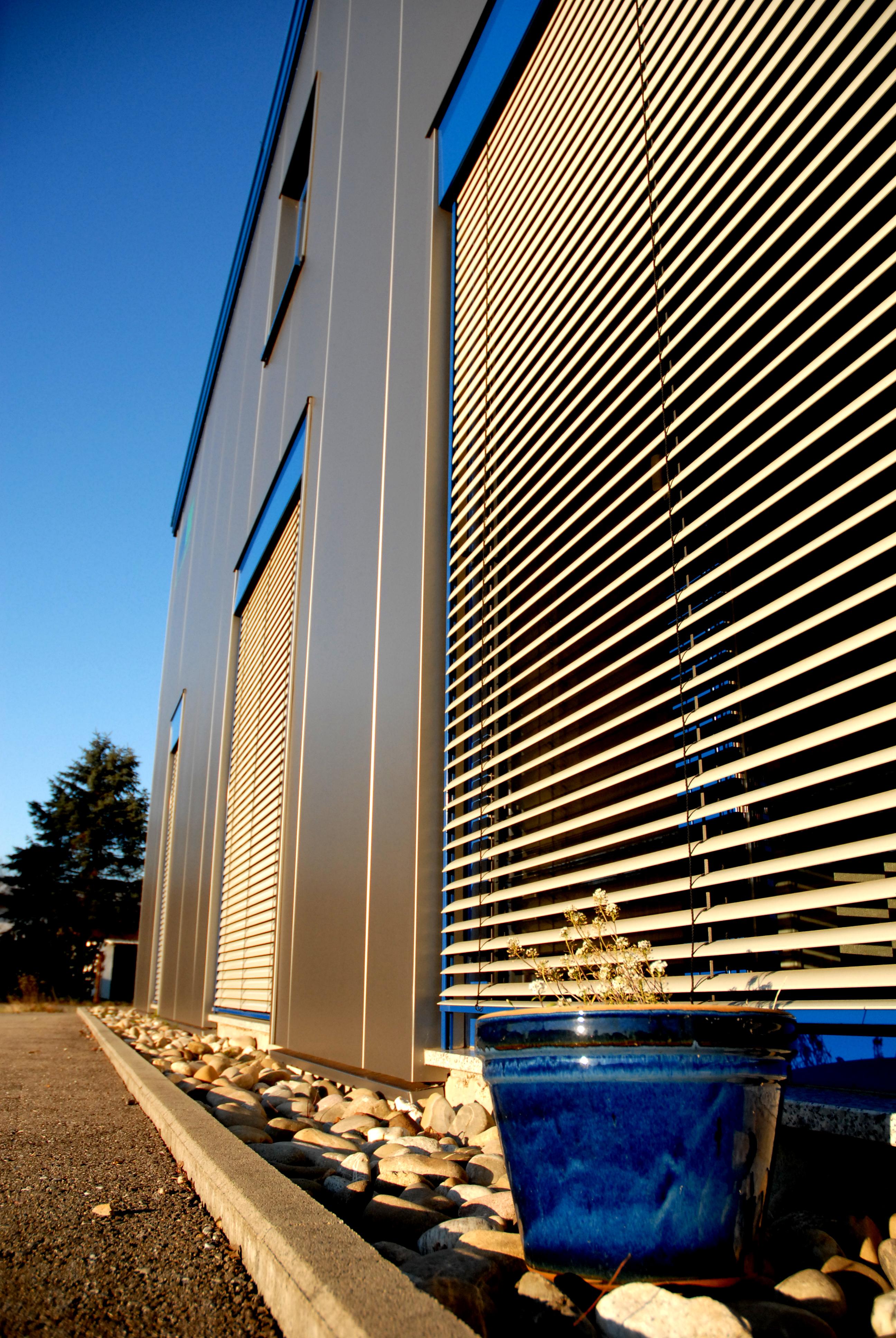 Hale pe structura de metal LINDAB BUILDINGS - Poza 6