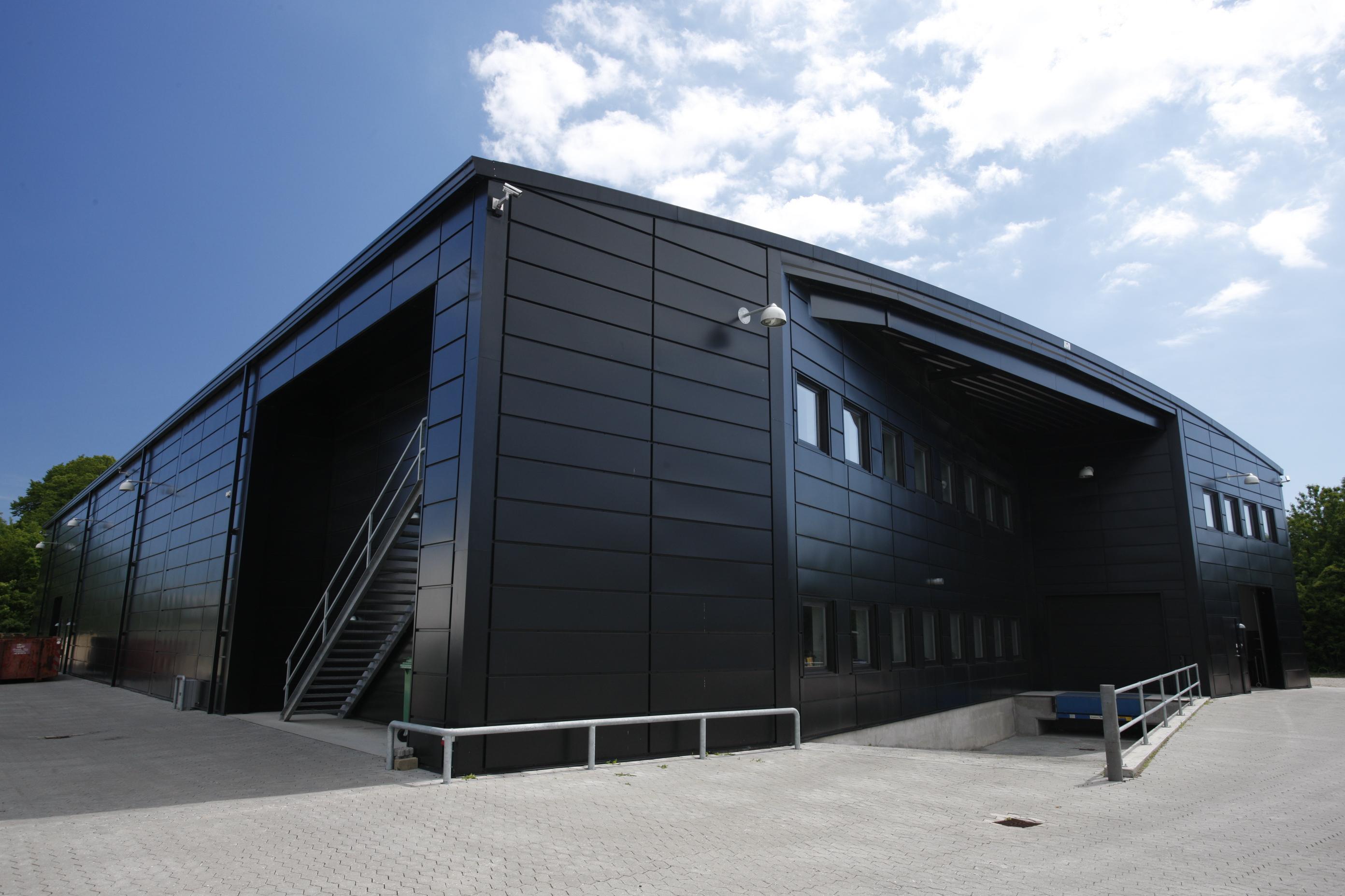 Hale pe structura de metal LINDAB BUILDINGS - Poza 17