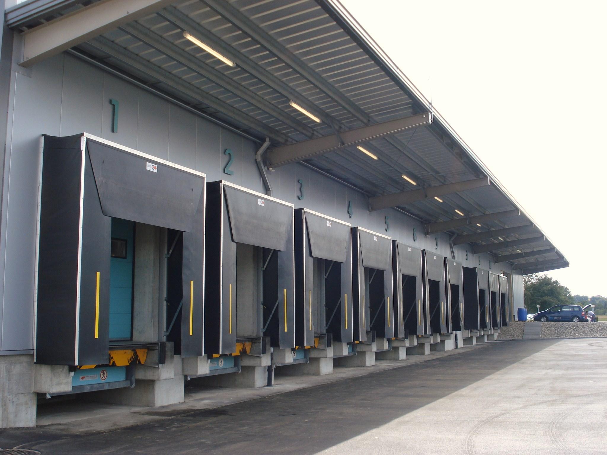 Hale pe structura de metal LINDAB BUILDINGS - Poza 27