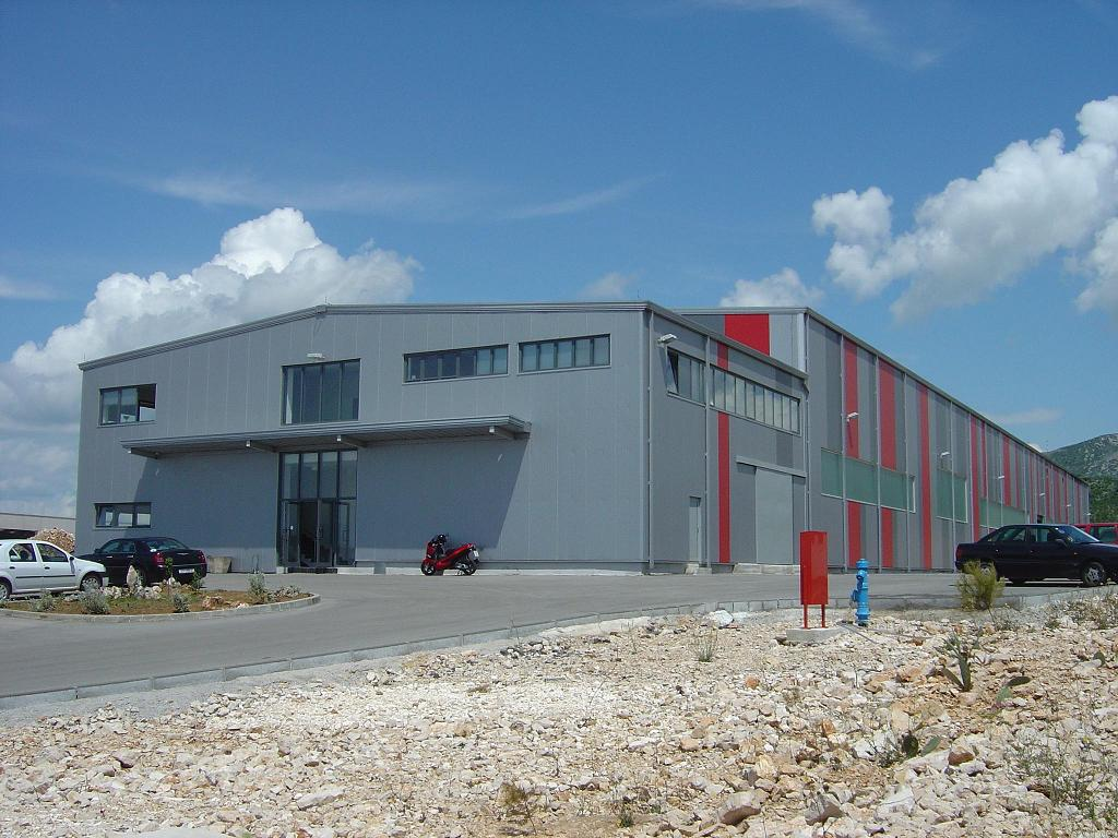 Hale pe structura de metal LINDAB BUILDINGS - Poza 38
