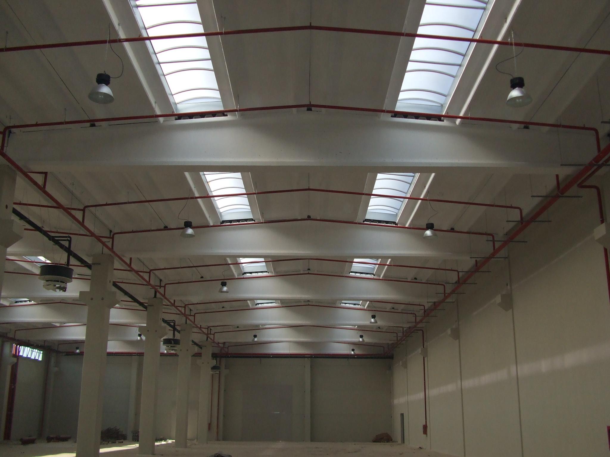 Hale industriale cu elemente structurale prefabricate din beton armat MAGNETTI - Poza 3