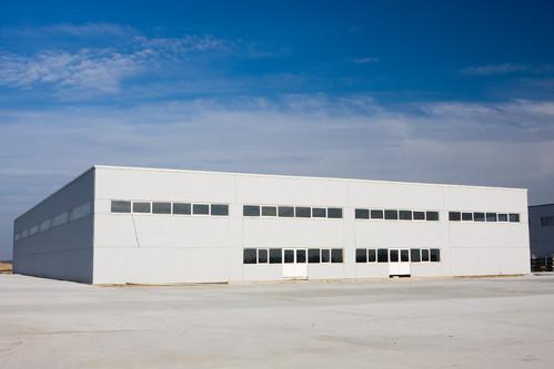 Hale industriale cu elemente structurale prefabricate din beton armat MAGNETTI - Poza 4