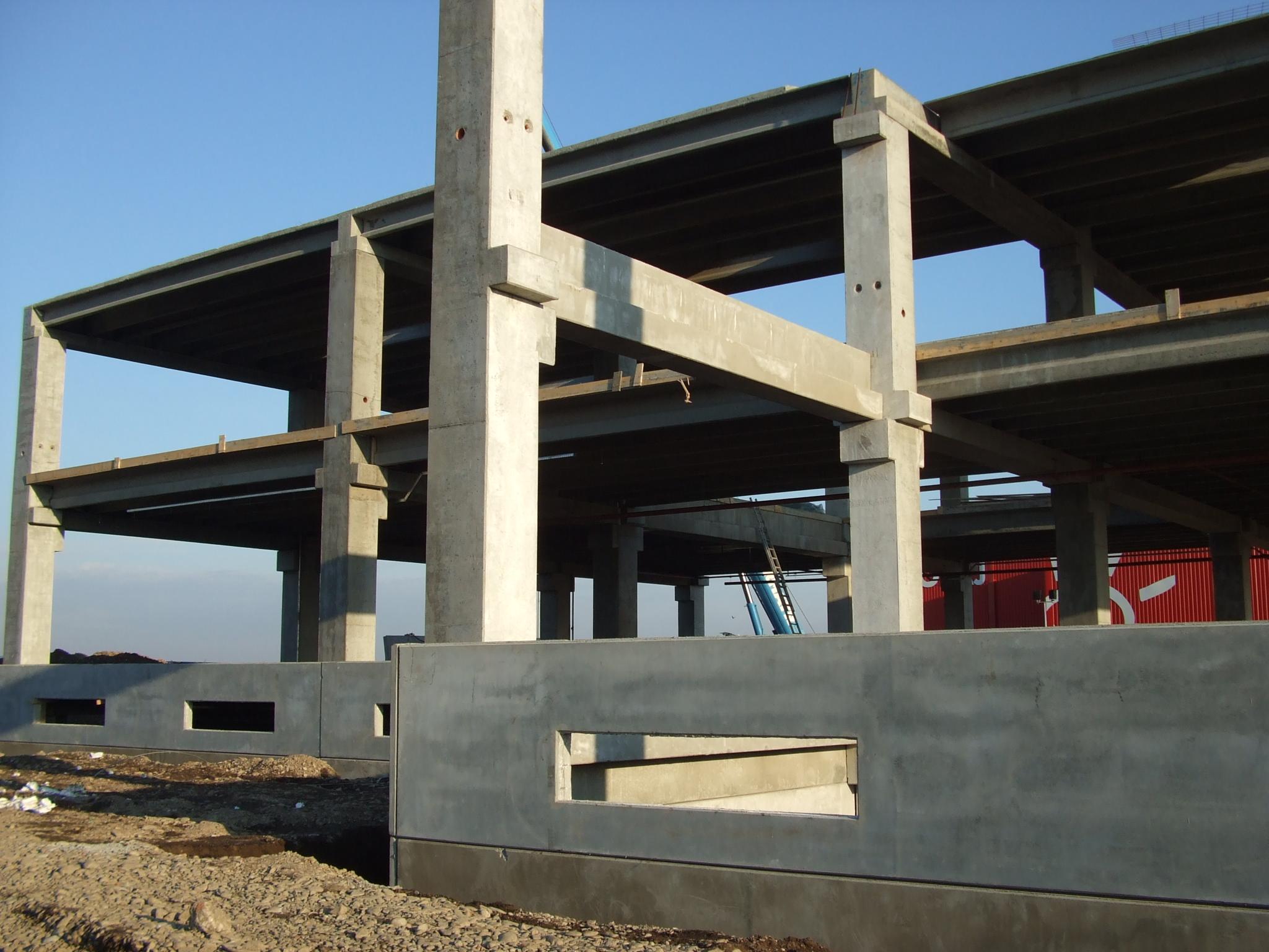 Hale industriale cu elemente structurale prefabricate din beton armat MAGNETTI - Poza 5