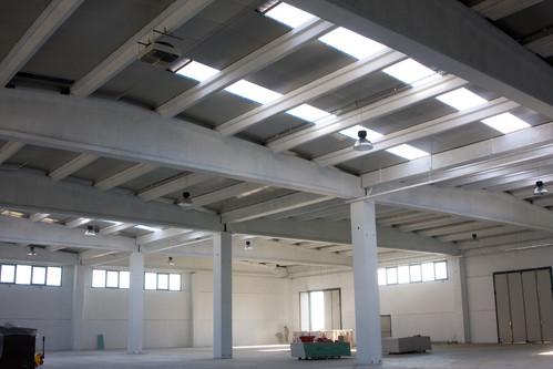 Hale industriale cu elemente structurale prefabricate din beton armat MAGNETTI - Poza 7
