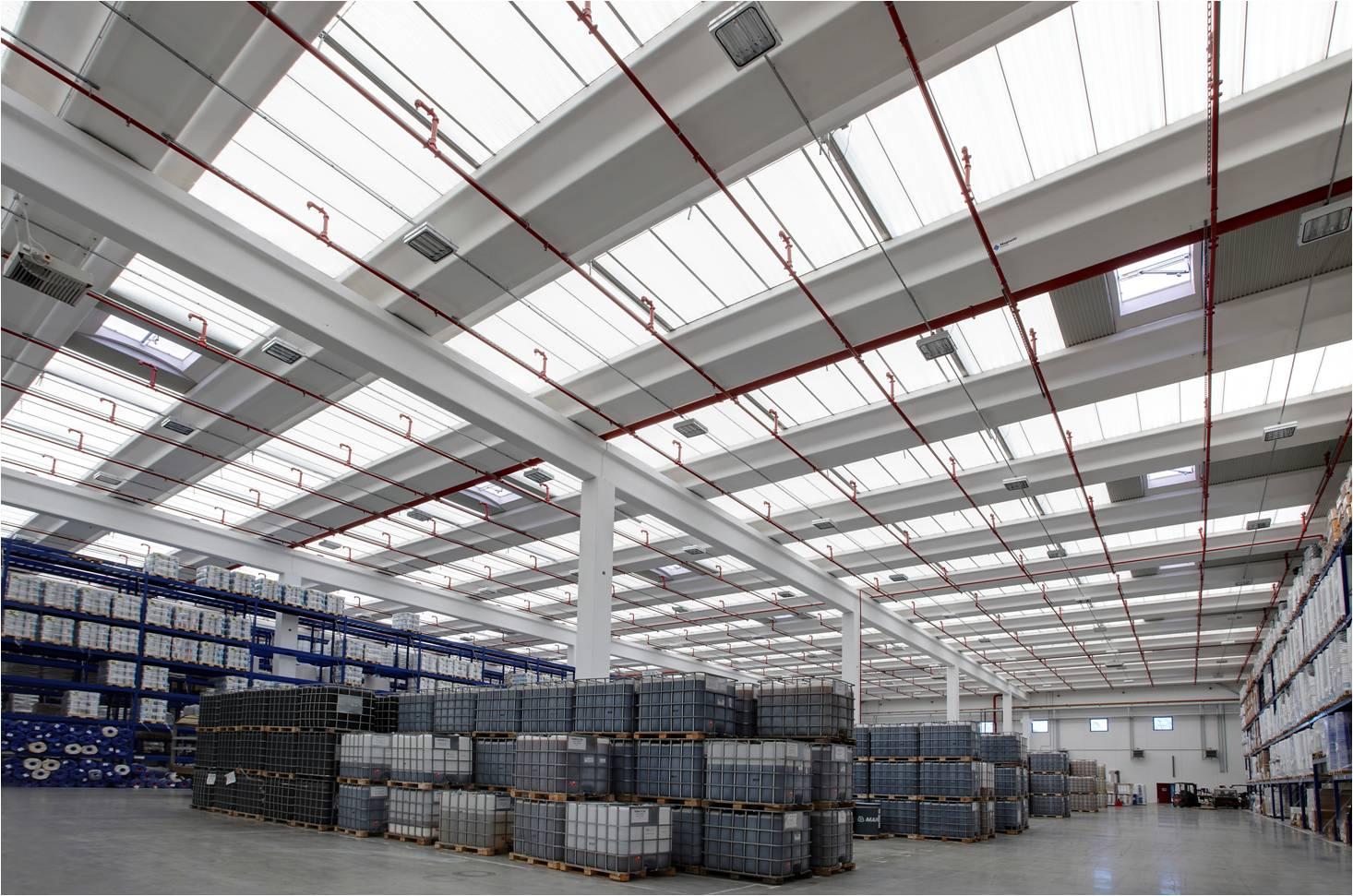 Hale industriale cu elemente structurale prefabricate din beton armat - Sediu Magnetti Building MAGNETTI - Poza 3