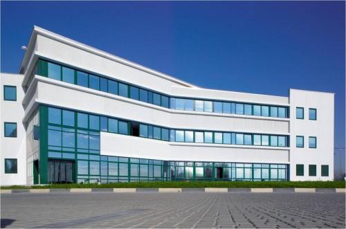 Hale industriale cu elemente structurale prefabricate din beton armat - Sediu Magnetti Building MAGNETTI - Poza 4