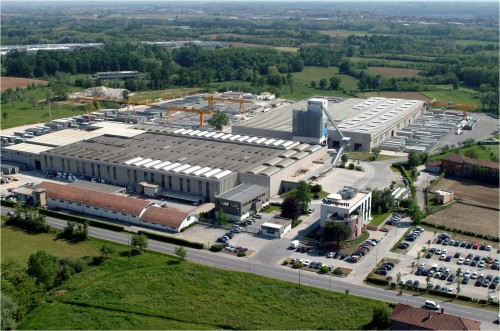 Hale industriale cu elemente structurale prefabricate din beton armat - Sediu Magnetti Building MAGNETTI - Poza 6