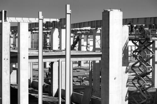 Hale industriale cu elemente structurale prefabricate din beton armat - Depozit logistic Mega Image MAGNETTI - Poza 4