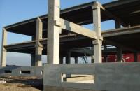 Hale industriale cu elemente structurale prefabricate din beton armat MAGNETTI