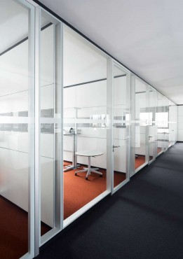 Prezentare produs Compartimentari de birouri cu pereti si usi de sticla FECO - Poza 1