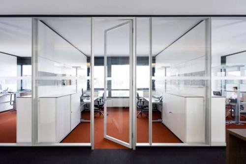 Prezentare produs Compartimentari de birouri cu pereti si usi de sticla FECO - Poza 7