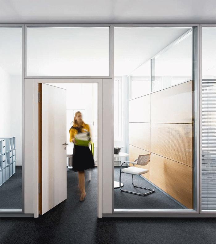 Compartimentari de birouri cu pereti si usi de sticla FECO - Poza 2