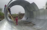 Structuri metalice prefabricate pentru tuneluri, canale, scurgeri colectoare, canale irigare si lucrari de drenaj TUBOSIDER