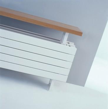 Prezentare produs Calorifer orizontal de plinta, tip banca - Panel Plus Bench  JAGA - Poza 2