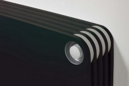 Radiator de joasa temperatura cu panou de lemn PLAY Black - Thermostatic Head Detail PLAY Radiatoare