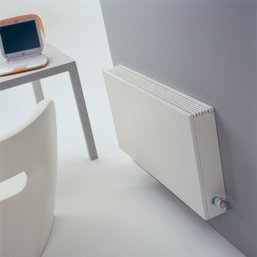 Prezentare produs Calorifere orizontale cu panou de otel si fata plana JAGA - Poza 1
