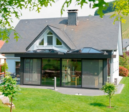 Prezentare produs Ferestre minimale - Casa sera 1 - Glasshouse® Deluxe KELLER - Poza 4