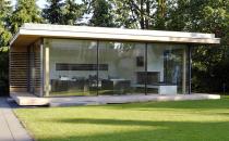 Usi si ferestre glisante din aluminiu pentru inchideri vitrate Usile si ferestrele glisante din aluminiu KELLER ofera o izolatie foarte buna, specifica vitrarii triple cu un consum de energie sub nivelul minim. Sistemul ofera toate variantele de glisare.