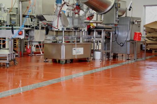 Pardoseala industriala pentru solicitari extreme - UCRETE BASF - Poza 2