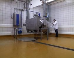 Pardoseli industriale - UCRETE Pardoselile industriale UCRETE® reprezinta o serie unica de produse care confera o gama diversificata de profiluri ale suprafetelor si performante specifice in mediile industriale.