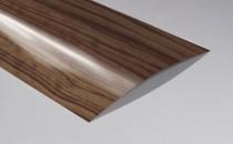 Folii decorative HPL EGGER Laminate MED - sunt folosite pentru laminarea blaturilor de  lucru, a fronturilor de mobilier, a glafurilor, usilor, placilor de nisa  si panourilor decorative;EGGER Laminate FLEX - Laminate adaptate cerintelor speciale de postforming; EGGER Laminate Micro - Laminate subtiri destinate proceselor de melaminare;EGGER Genuine Metallic Laminate - Laminate speciale din aluminiu real;EGGER Painting Grade Laminate.