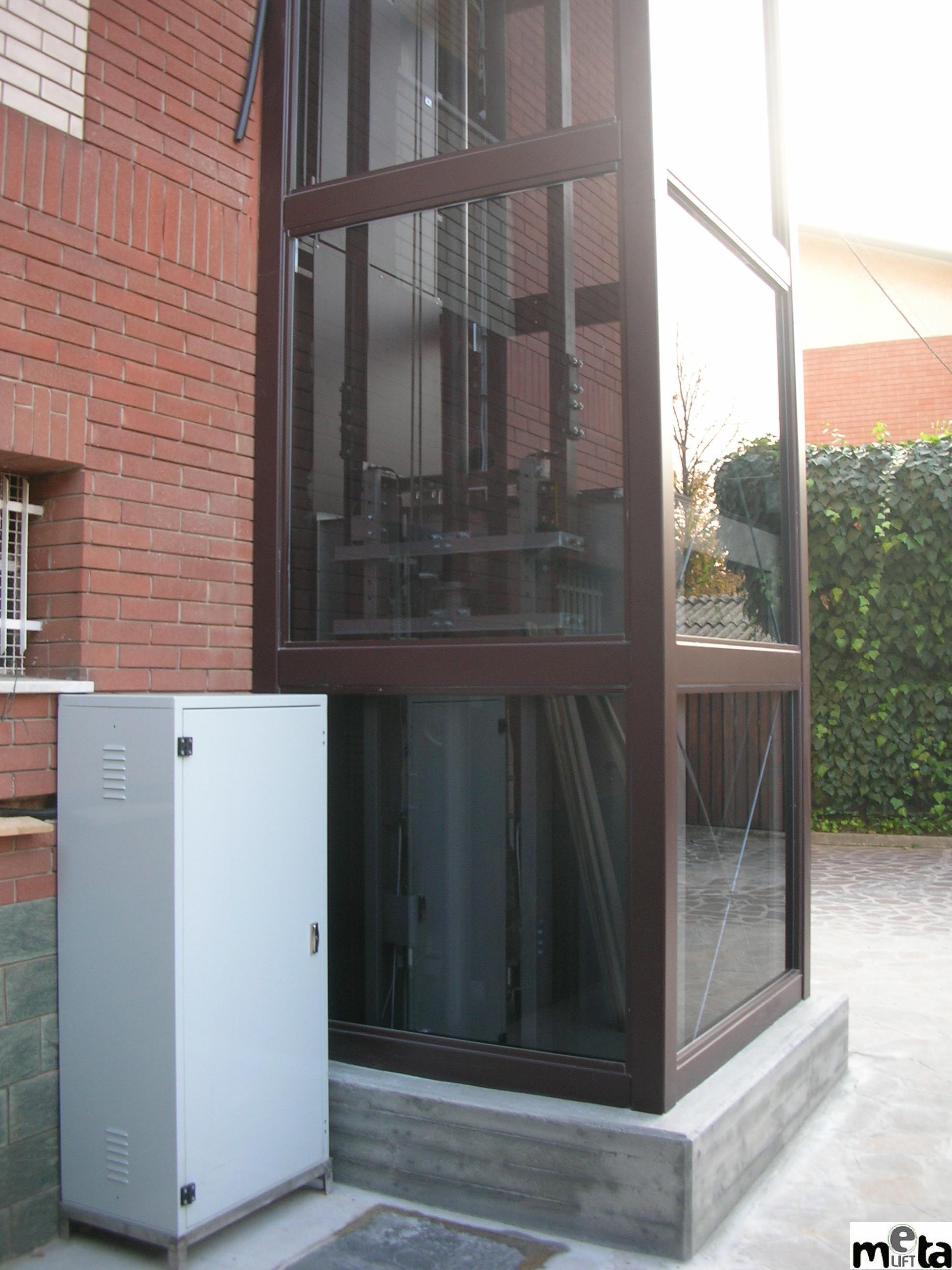 Elevator pentru persoane cu dizabilitati GARAVENTA LIFT - Poza 10