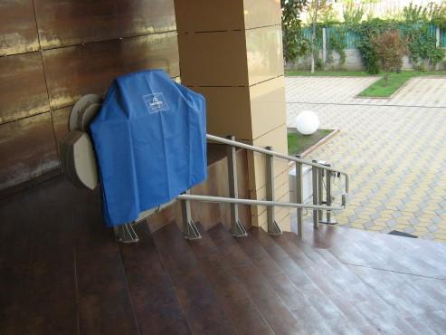 Elevator pentru persoane cu dizabilitati GARAVENTA LIFT - Poza 7