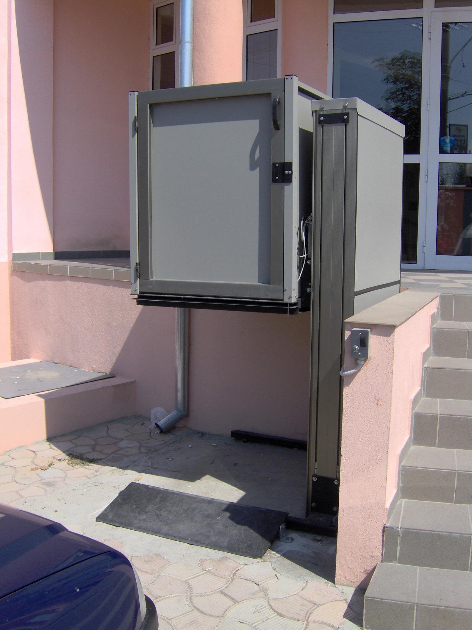 Elevator pentru persoane cu dizabilitati GARAVENTA LIFT - Poza 4