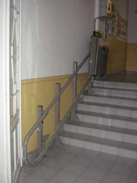 Liceul Shakespeare - Timisoara GARAVENTA LIFT - Poza 1