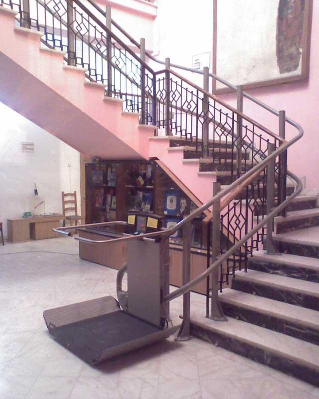 Muzeul de Istorie si Arheologie - Prahova GARAVENTA LIFT - Poza 4
