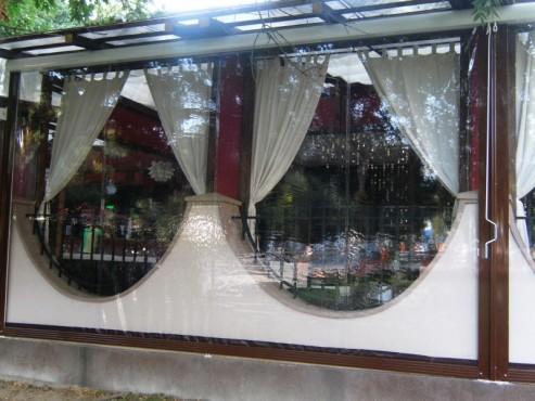 Prezentare produs Rulouri din PVC transparente de exterior EURO DAN - Poza 4