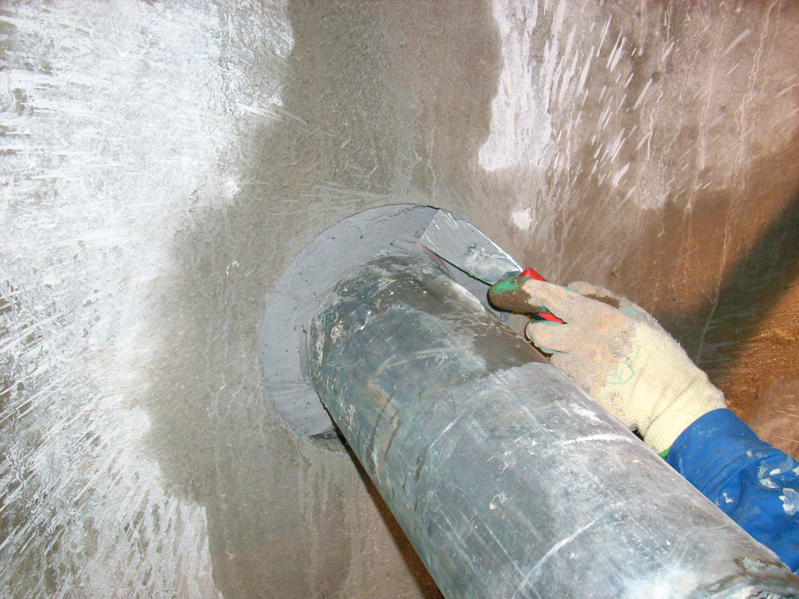 Hidroizolare strapungeri instalatii sanitare - Complex rezidential str Fetesti UNICO PROFIT - Poza 7