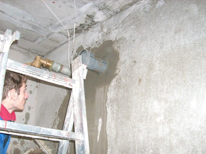 Hidroizolare strapungeri instalatii sanitare Hidroizolare strapungeri instalatii sanitare - Complex rezidential str Fetesti