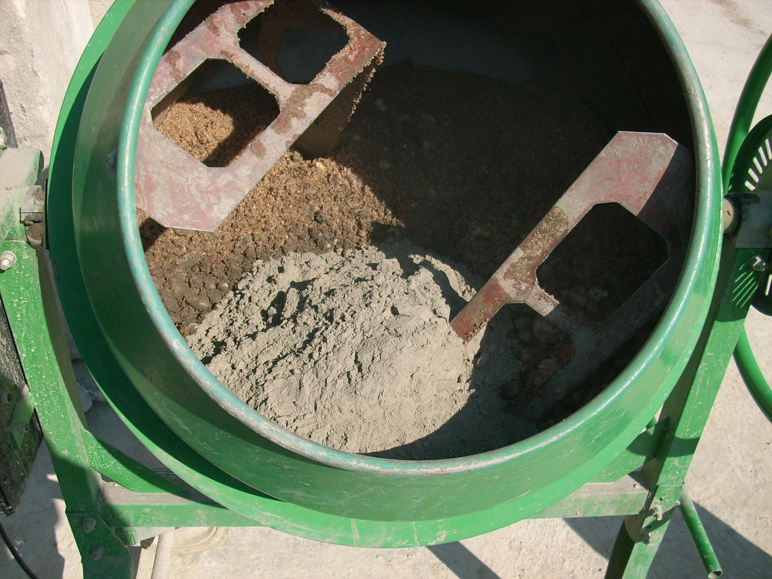 Prepararea betonului hidroizolat in toata masa UNICO PROFIT - Poza 3