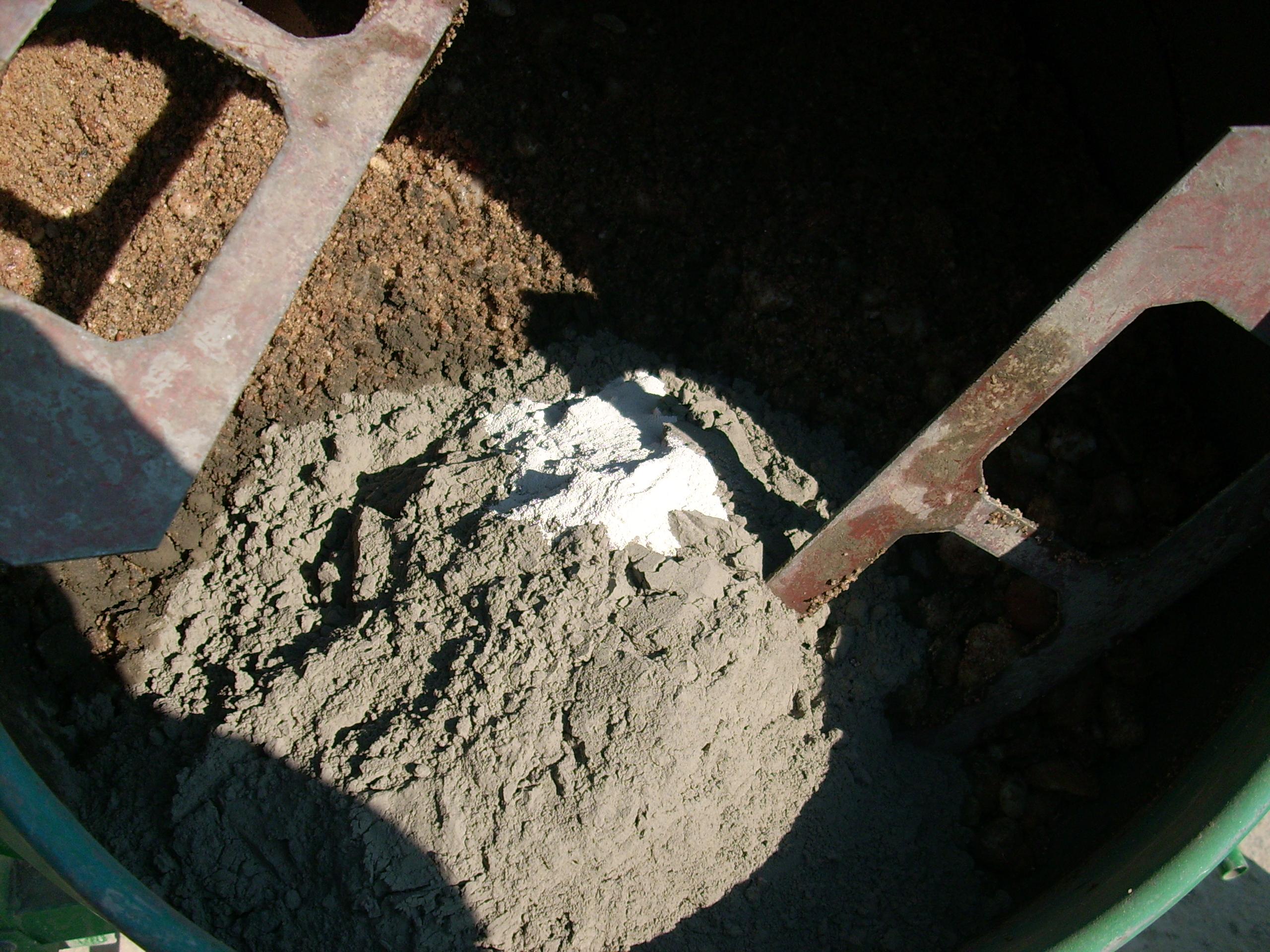 Prepararea betonului hidroizolat in toata masa UNICO PROFIT - Poza 4