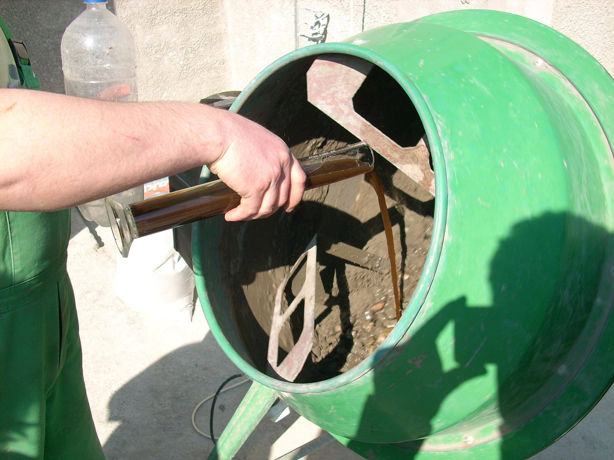 Prepararea betonului hidroizolat in toata masa UNICO PROFIT - Poza 7