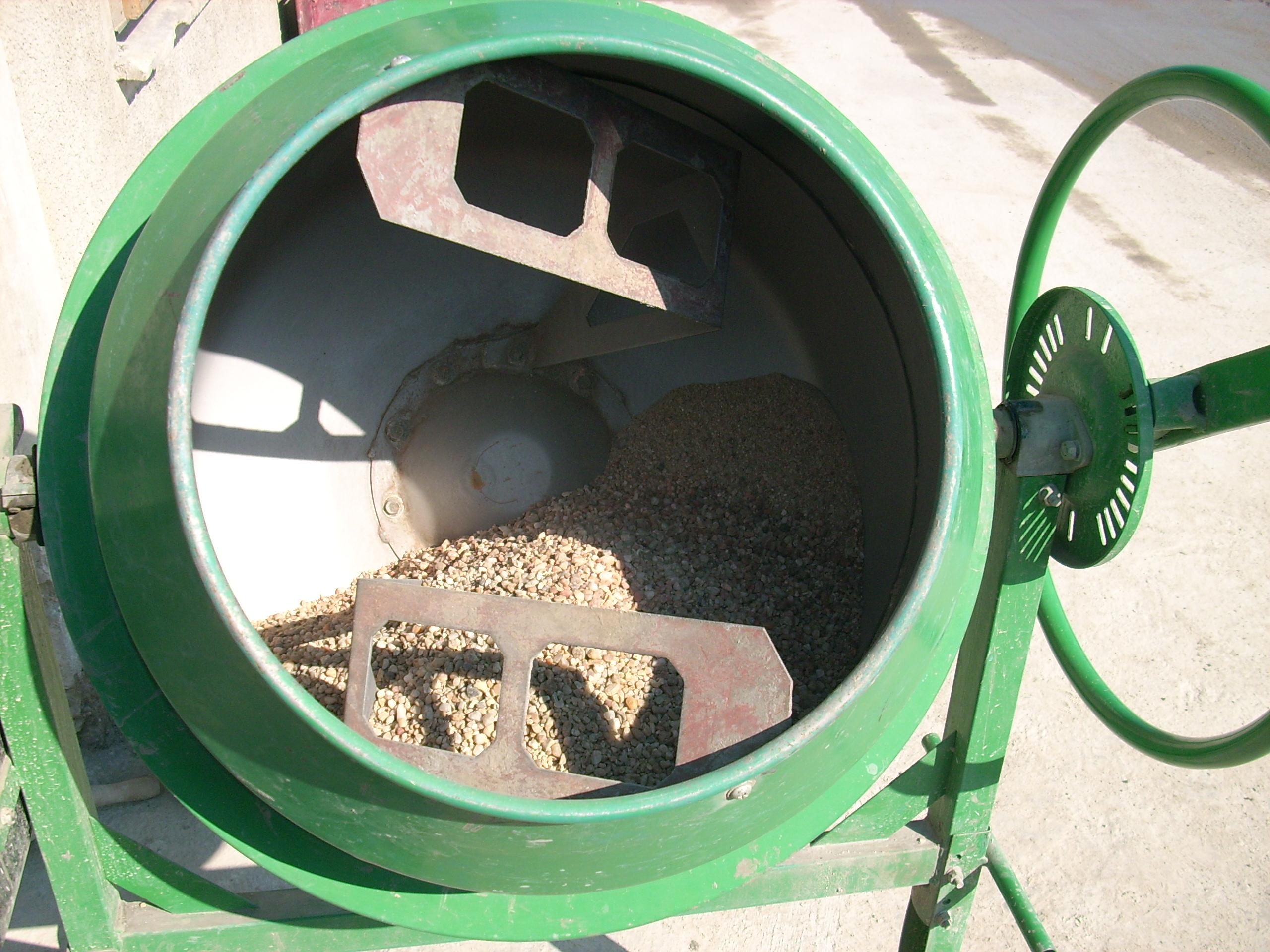 Prepararea betonului hidroizolat in toata masa UNICO PROFIT - Poza 8