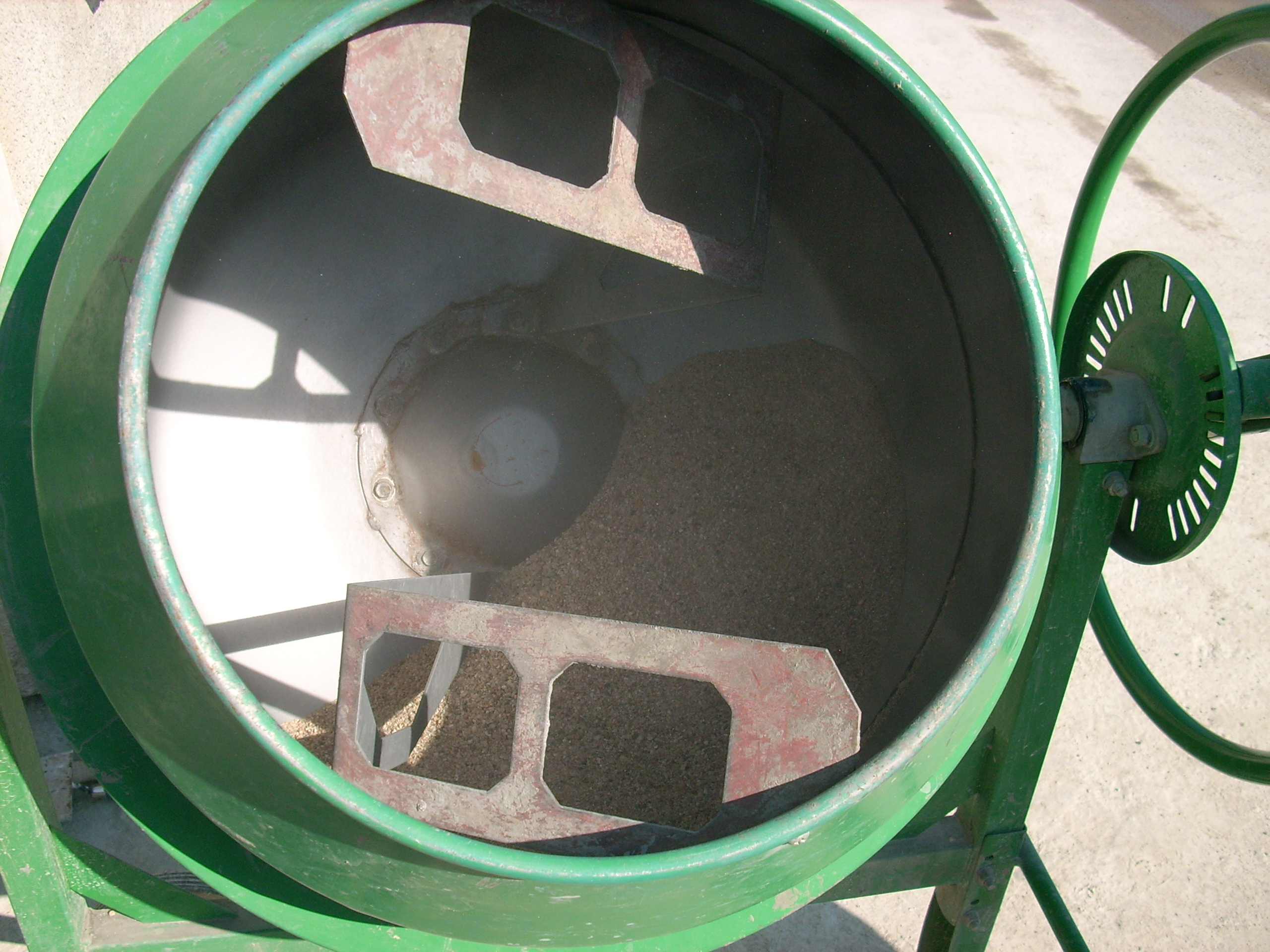 Prepararea betonului hidroizolat in toata masa UNICO PROFIT - Poza 18
