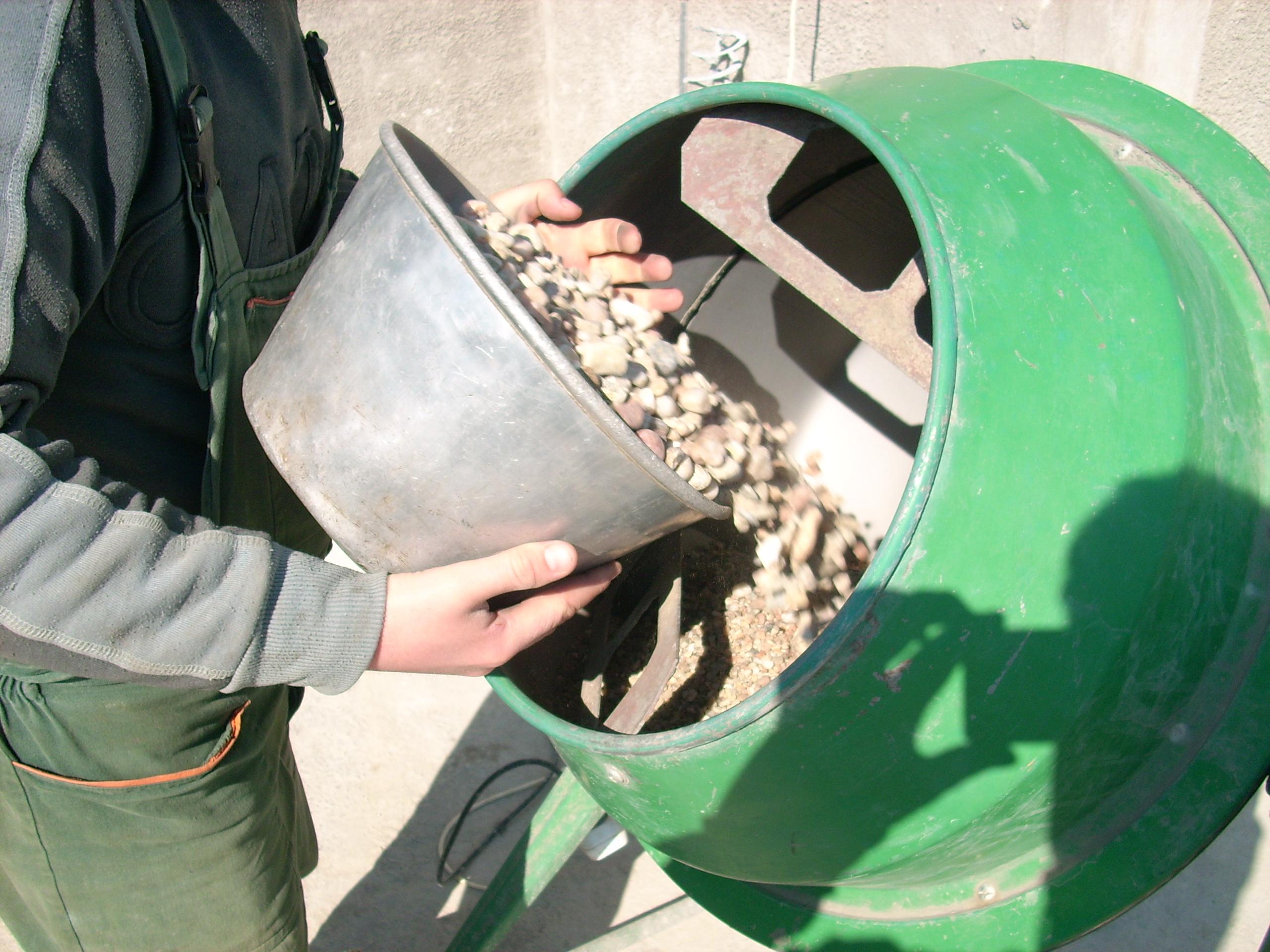 Prepararea betonului hidroizolat in toata masa UNICO PROFIT - Poza 19