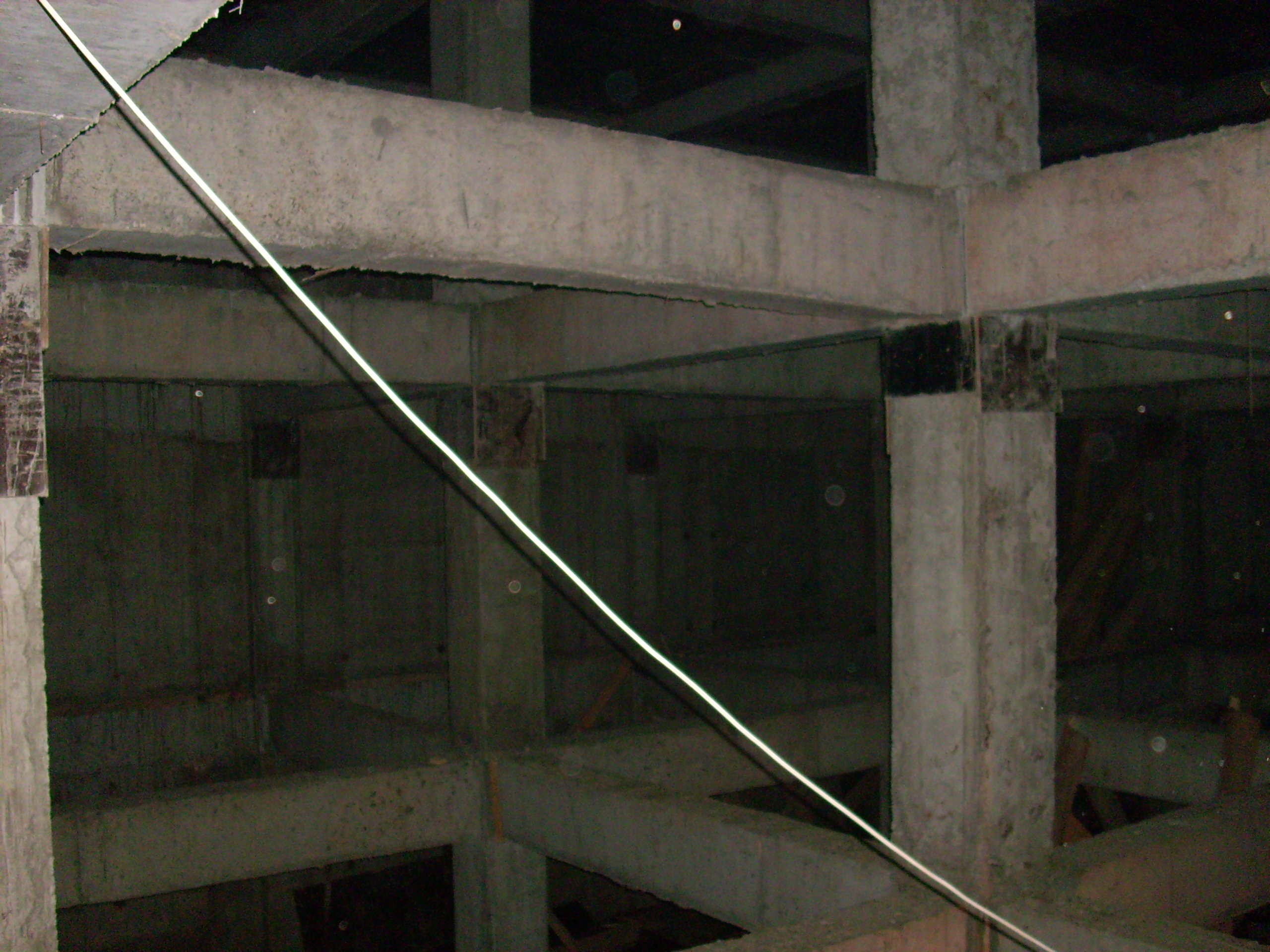 Etansare gauri tiranti - PRO HOTELS - Bazin apa - Complexul City Confort UNICO PROFIT - Poza 2