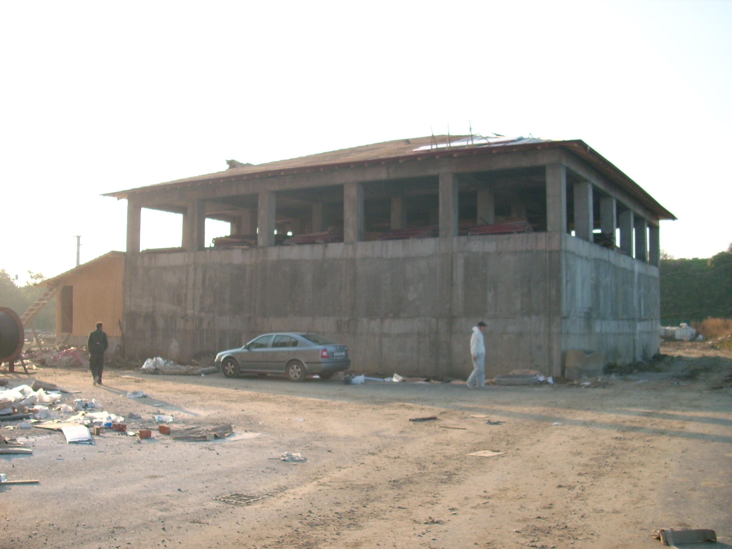 Etansare gauri tiranti - PRO HOTELS - Bazin apa - Complexul City Confort UNICO PROFIT - Poza 7