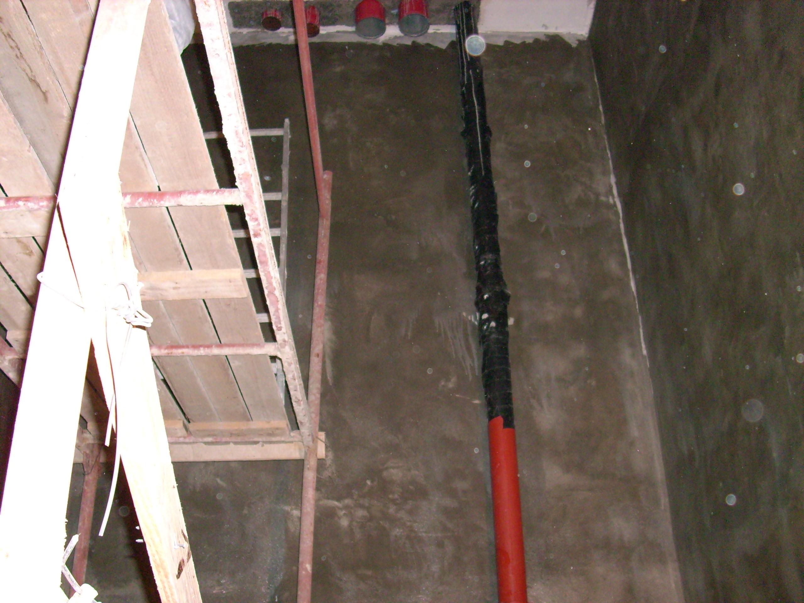 Aplicarea tratamentelor de impermeabilizare - Bazin de apa pentru incendiu - DAGESH - Turn Platinum UNICO PROFIT - Poza 26