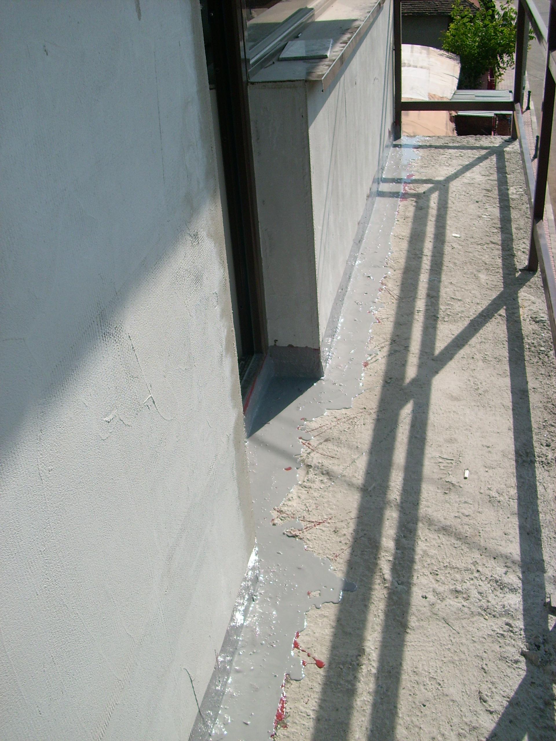 Aplicarea tratamentelor de impermeabilizare - Vila persoana privata - Buftea UNICO PROFIT - Poza 28