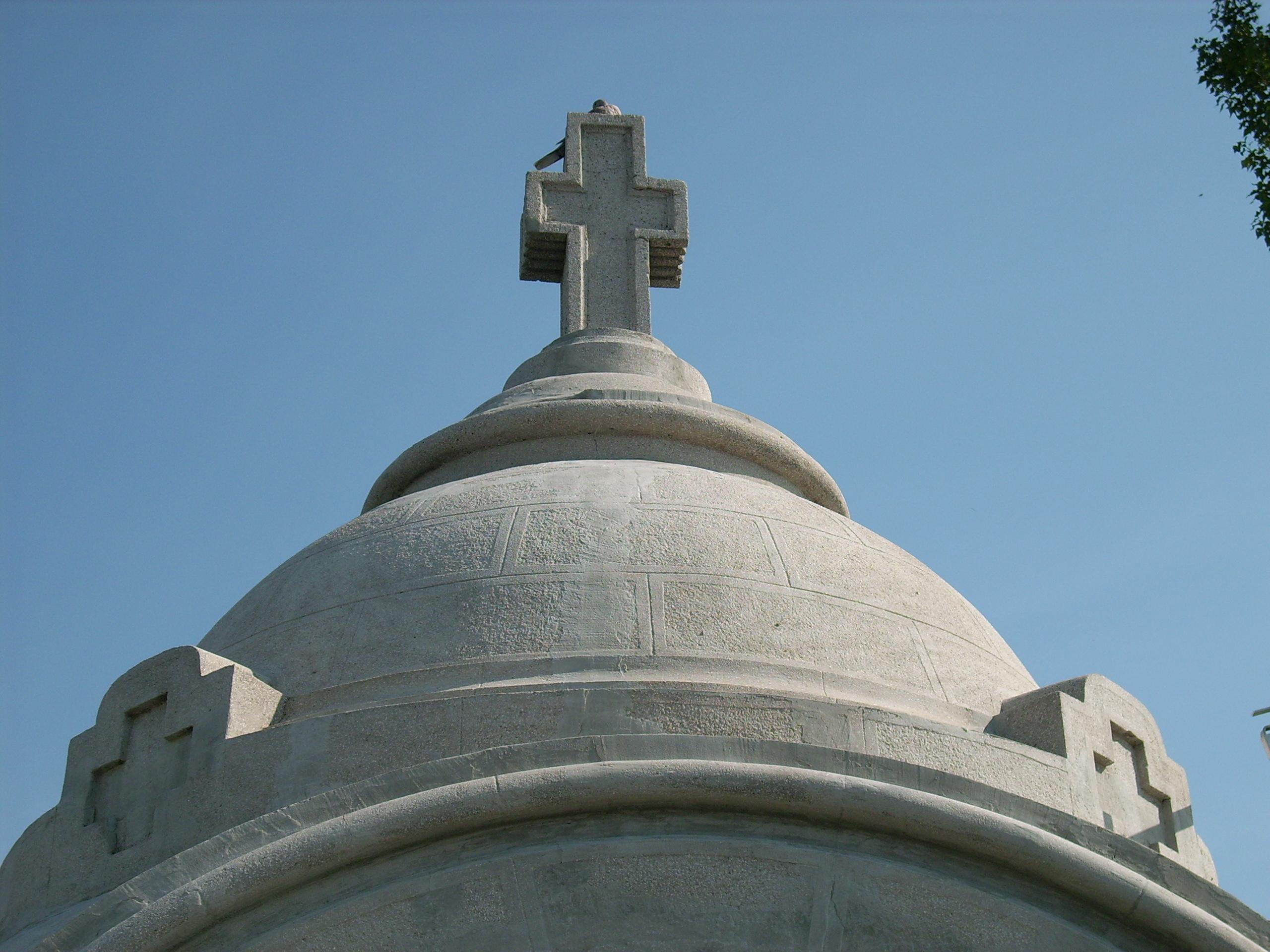 Aplicarea tratamentelor de impermeabilizare - Monument funerar UNICO PROFIT - Poza 4
