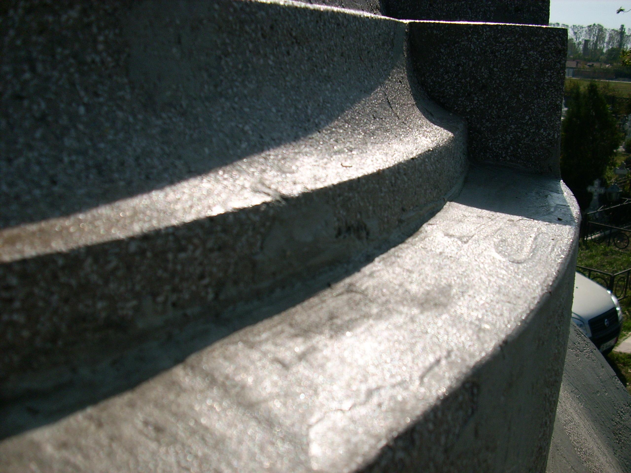 Aplicarea tratamentelor de impermeabilizare - Monument funerar UNICO PROFIT - Poza 5