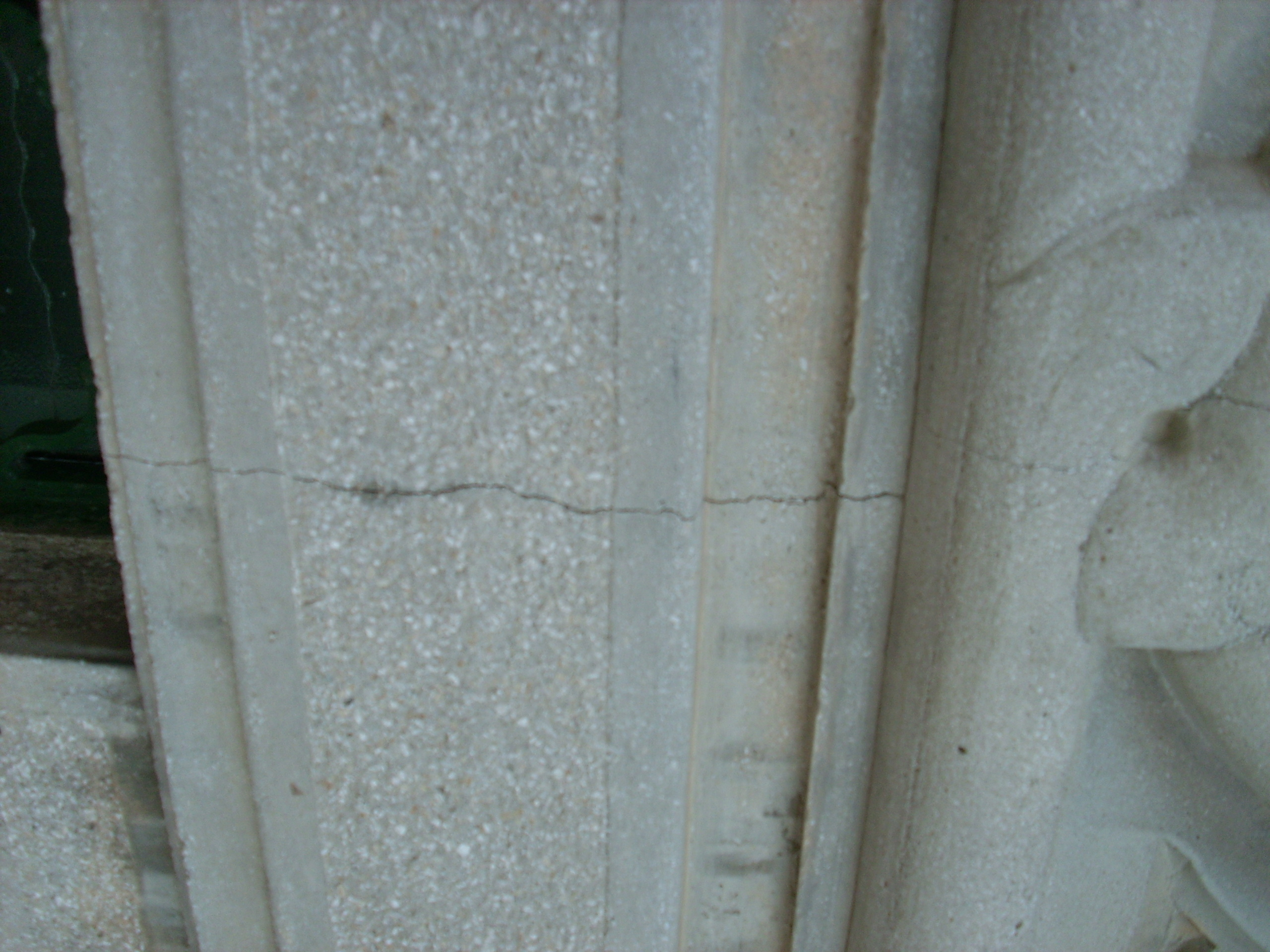 Aplicarea tratamentelor de impermeabilizare - Monument funerar UNICO PROFIT - Poza 6